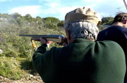 «Χειροπέδες» σε 52χρονο για παράνομο κυνήγι στην Ελασσόνα