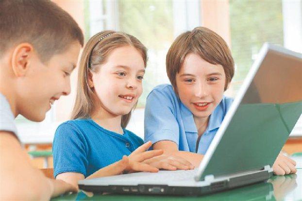 Οι κίνδυνοι για τα παιδιά στο Διαδίκτυο