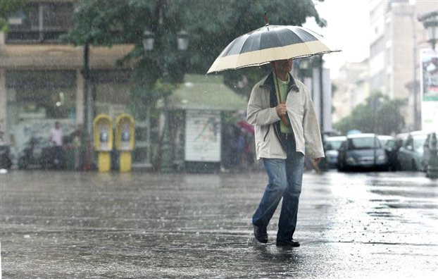 Βροχές σε όλη τη χώρα