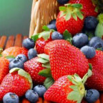 Κόκκινα φρούτα και κόκκινο κρασί αυξάνουν το προσδόκιμο ζωής