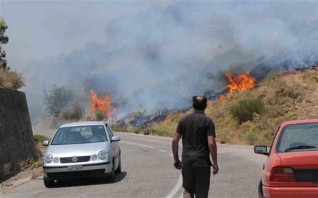 Υπο έλεγχο η φωτιά στο Νέο Περιβόλι