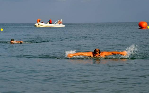 Τα σπουδαία οφέλη της κολύμβησης