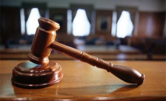 «Ομηροι» των δικαστηρίων οι επιχειρήσεις