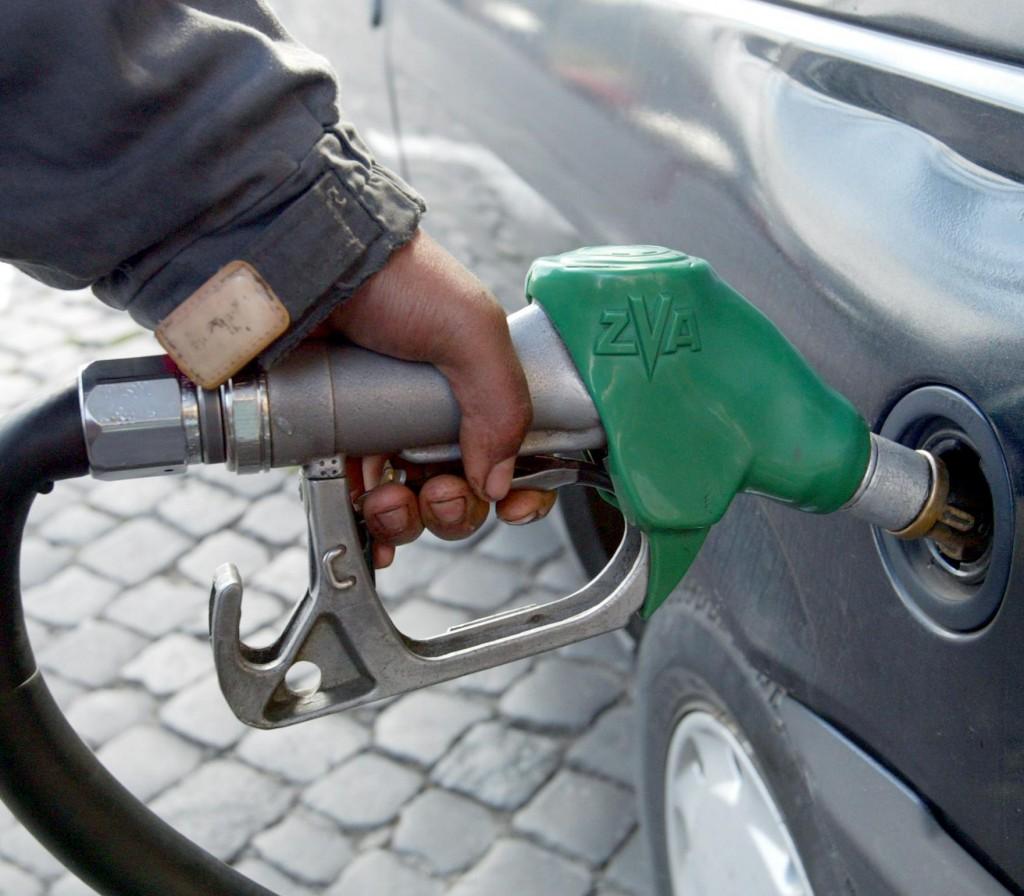 Πως κλέβουν στα βενζινάδικα