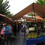 Έξι λαϊκές αγορές την Παραμονή Χριστουγέννων στη Λάρισα