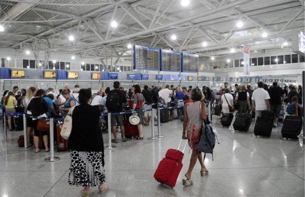 Ο τουρισμός έφερε αύξηση επιβατών στο αεροδρόμιο της Αθήνας