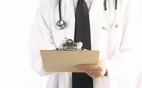 Ασθενής εκβίασε γιατρό
