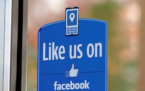 Facebook: Η βιομηχανία των «like»