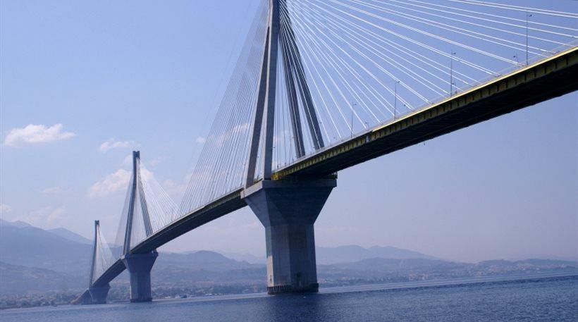 Άνδρας έπεσε από τη γέφυρα Ρίου – Αντιρρίου