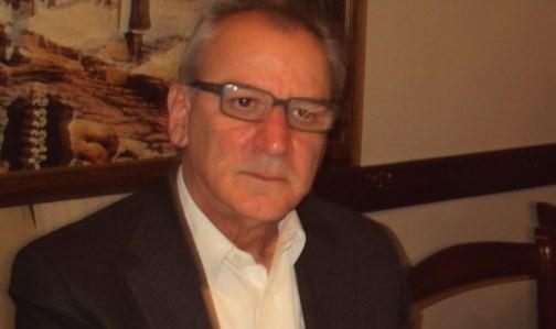 Ο δήμαρχος Τυρνάβου κατά του ελέγχου σε συμβάσεις υπαλλήλων