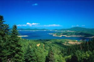 Εκδρομή Κερκυραίων στη λίμνη Πλαστήρα