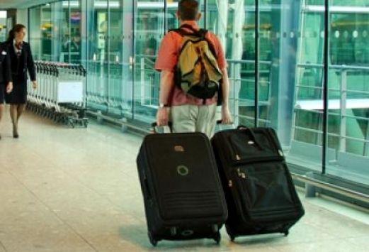 Εργασία στο εξωτερικό θέλουν έξι στους δέκα (ΠΙΝΑΚΑΣ)