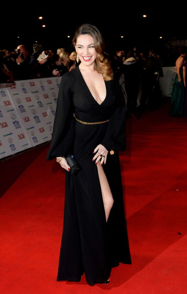 Kelly-Brook_-2014-National-Television-Awards-in-London--01-