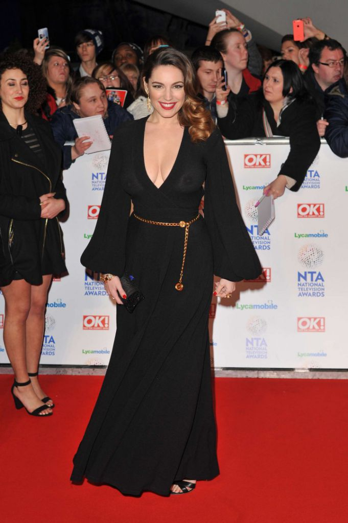 Kelly-Brook_-2014-National-Television-Awards-in-London--04-