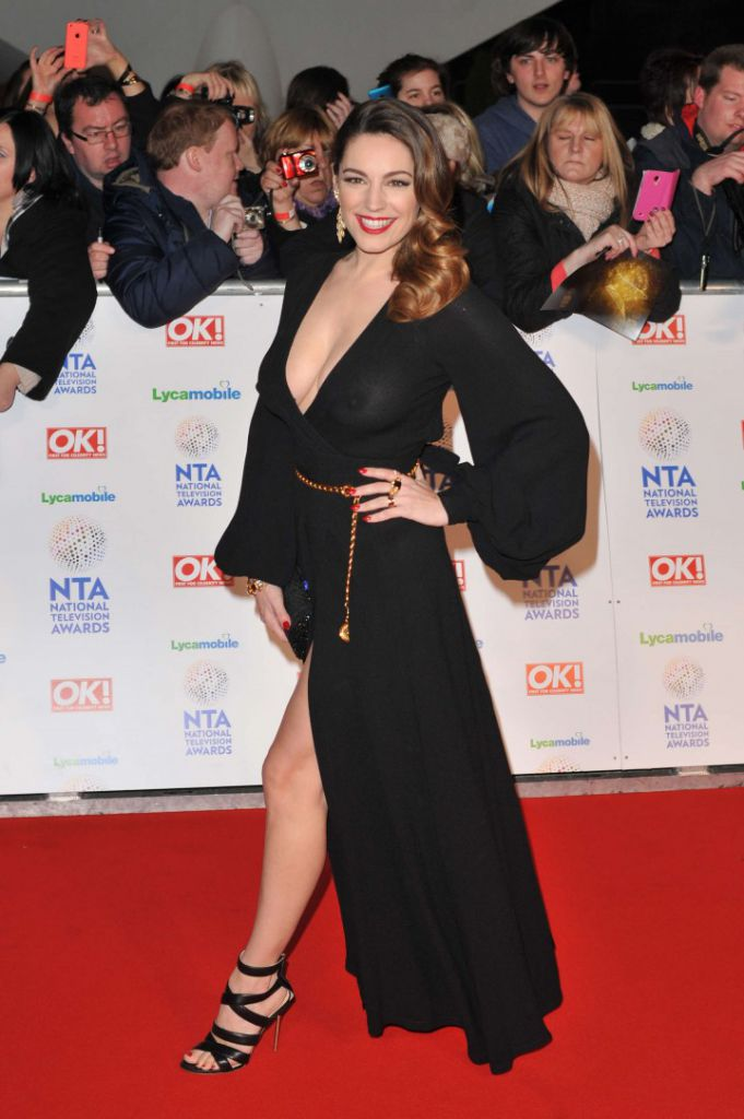Kelly-Brook_-2014-National-Television-Awards-in-London--18-