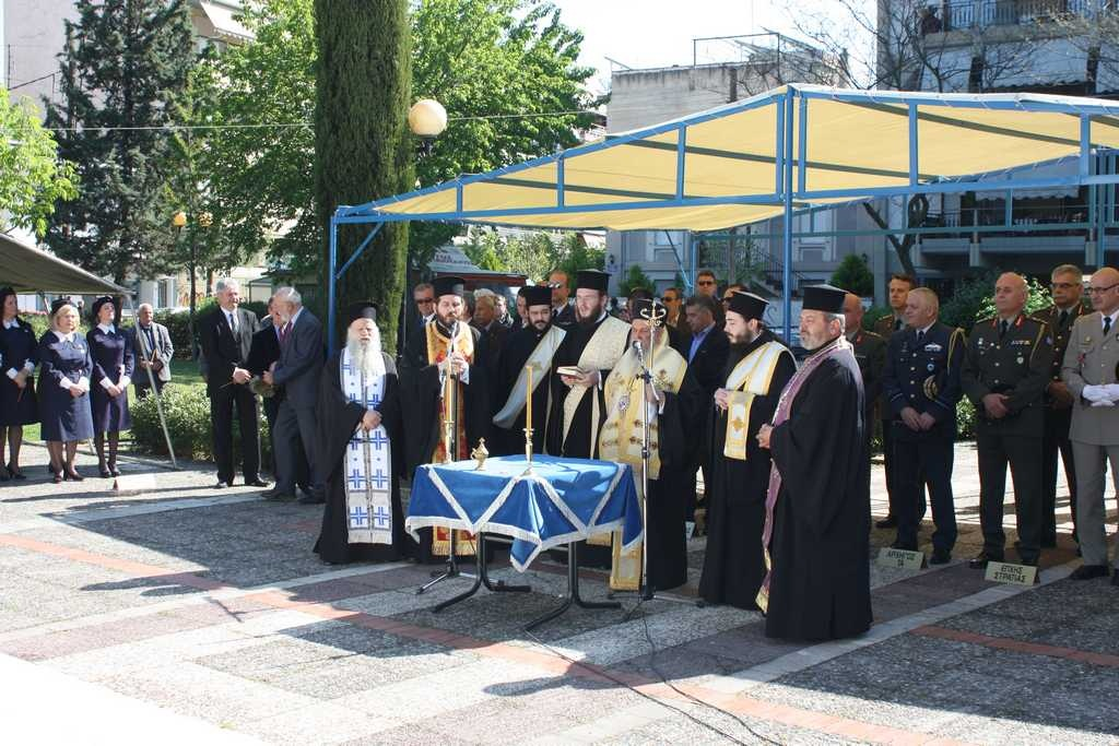 Μνημόσυνο πεσόντων Θεσσαλών υγειονομικού στη Λάρισα