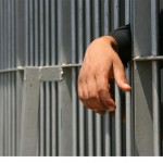 Πακιστάν: Τετράκις εις θάνατον καταδικάστηκε ο 24χρονος που βίασε και σκότωσε ένα κοριτσάκι 6 ετών