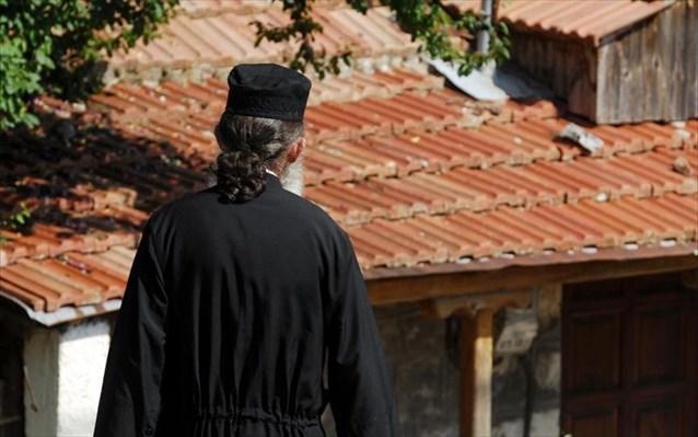 Στη φυλακή ιερέας για τη δολοφονία του αδελφού του