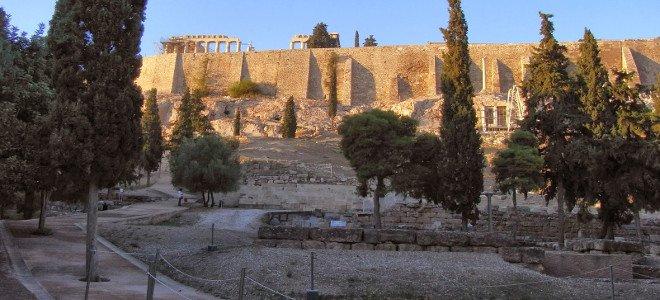 Οι Έλληνες φτιάχνουν νέους «μύθους»