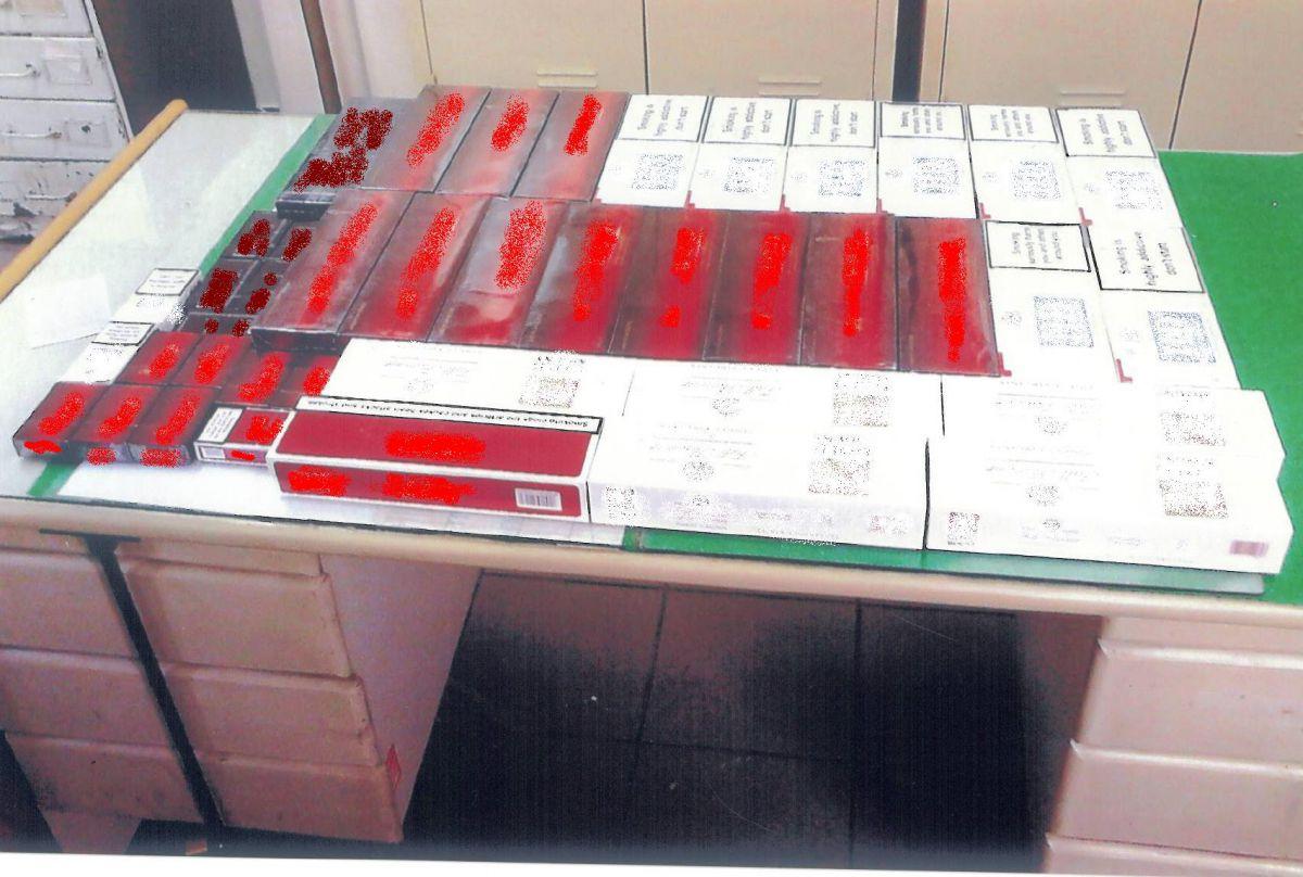 Πιάστηκαν με 330 πακέτα λαθραίων τσιγάρων