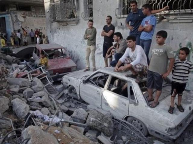 Γάζα: 100 νεκροί σε μια ημέρα