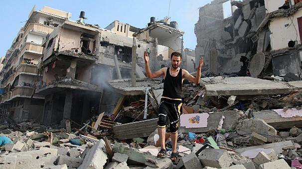 Eγκαταλείπουν τα σπίτια τους στην Γάζα
