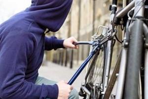 Τύρναβος: Συνελήφθη γιατί έκλεψε ποδήλατο