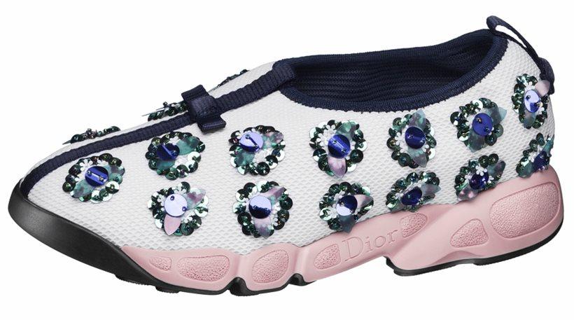 1.100 δολάρια για αθλητικό παπούτσι!