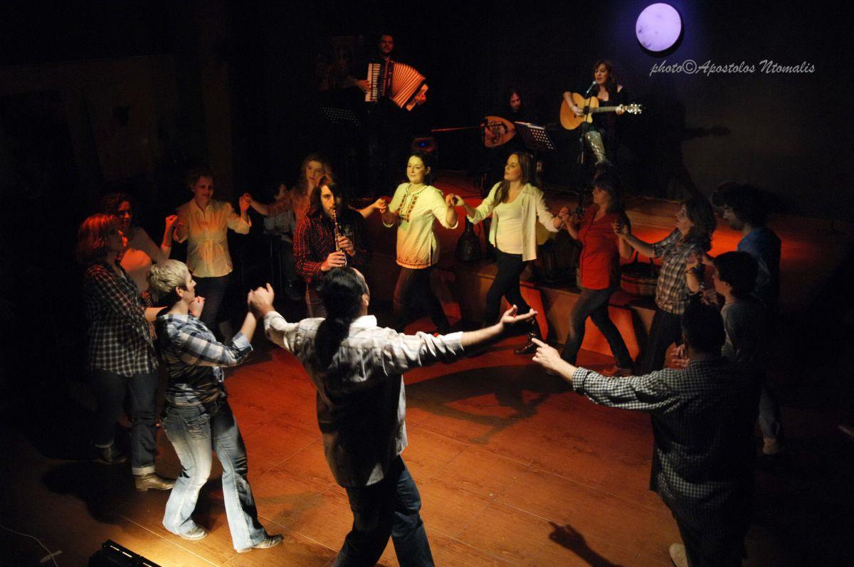 Σε Βελίκα – Ραψάνη η παράσταση «Κάτω Όλυμπος»