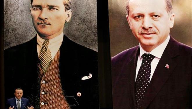 Liberation: «Ο Ερντογάν παίρνει την εκδίκησή του από τον Κεμάλ»