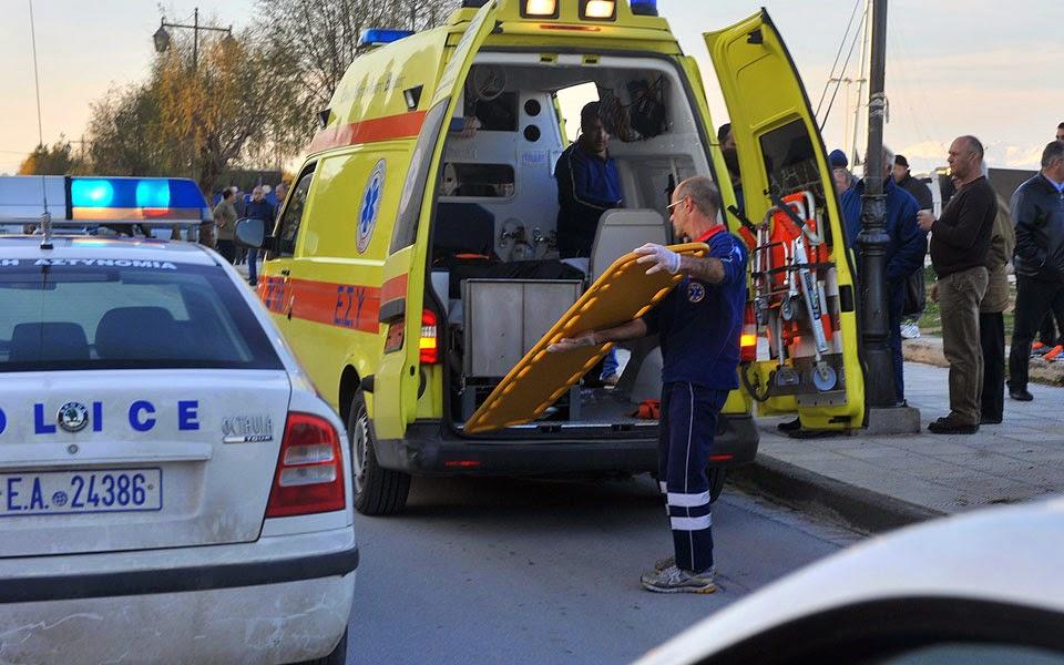 ΙΧ έπεσε σε δέντρο: Νεκρός ο 54χρονος οδηγός