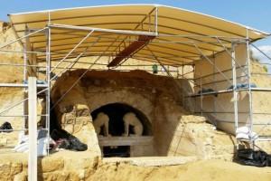 Ο τάφος της Αμφίπολης από ψηλά!