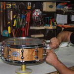 Αλλόνησος: Υδρυλικός φτιάχνει τα πιο περιζήτητα ντραμς