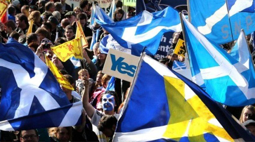Προβάδισμα του «Ναι» στη Σκωτία