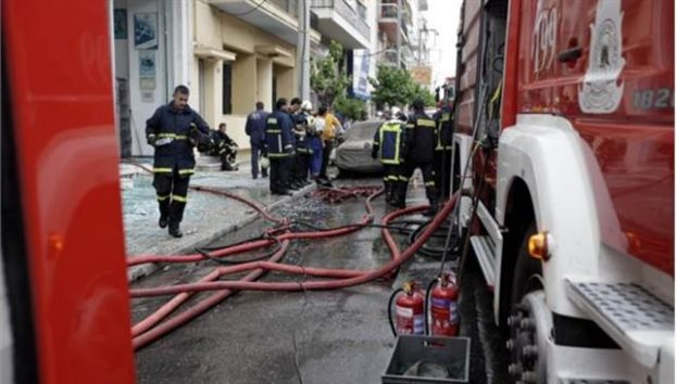 Τραγωδία στην παραλία Κατερίνης – Νεκρό άτομο από φωτιά σε διαμέρισμα