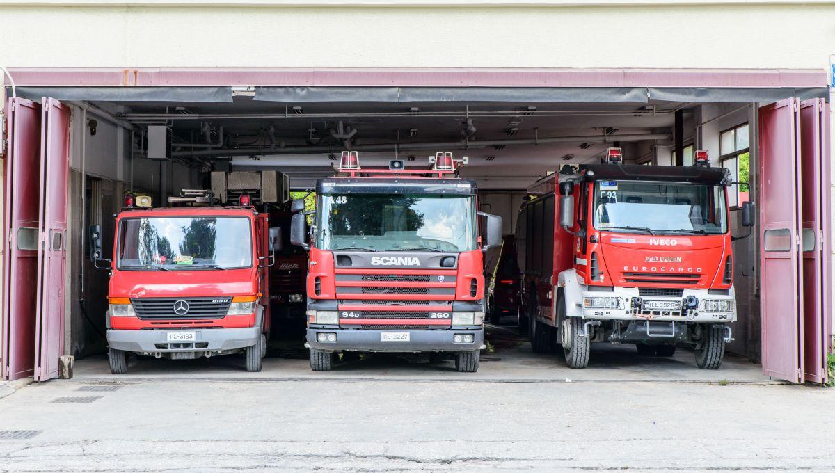 Κουζίνα… άρπαξε φωτιά σε σπίτι στη Νέα Σμύρνη