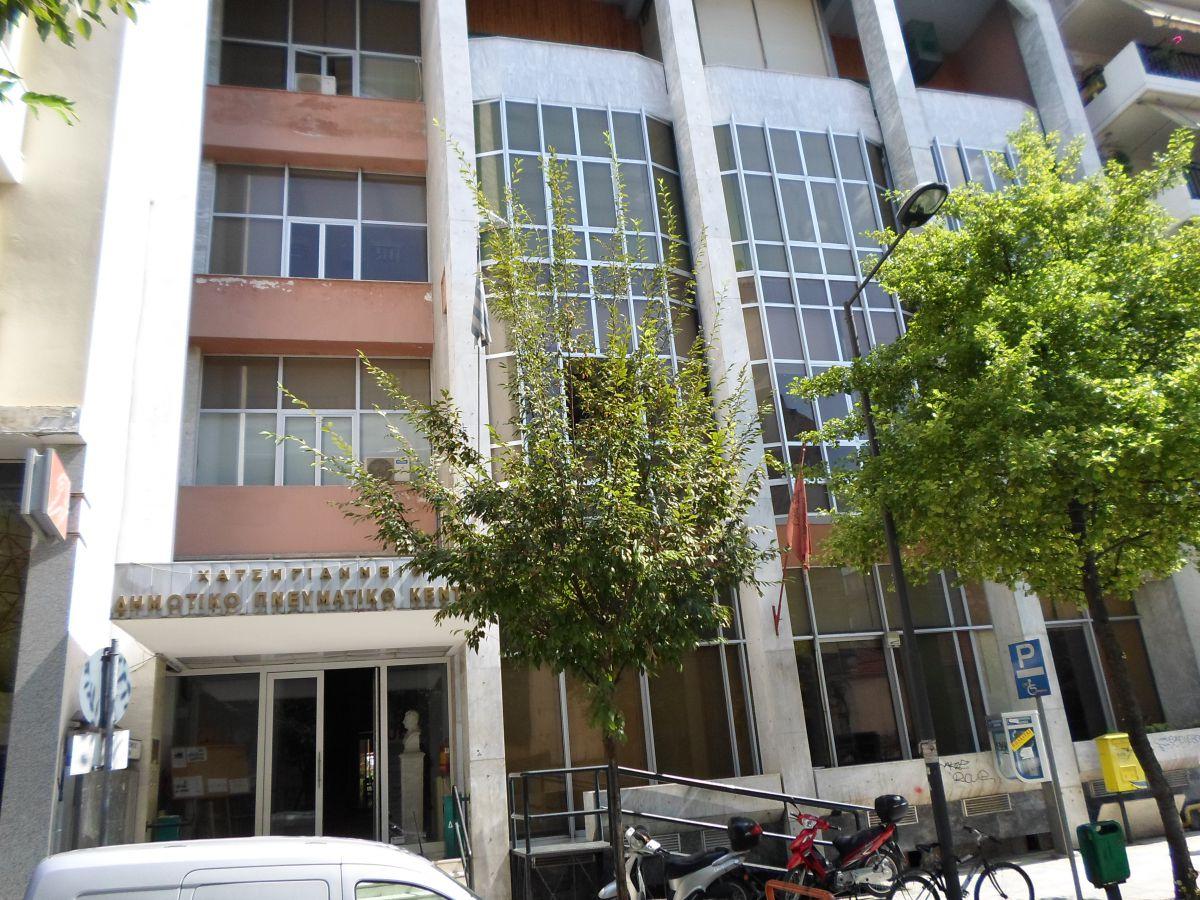 Στη Λάρισα εκθέτει η Ελεύθερη Έκφραση Εικαστικών Θεσπρωτίας
