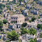Στο σφυρί ελληνικό χωριό «φάντασμα» στην Τουρκία