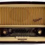 Μέρες ραδιοφώνου. Του Θωμά Μπεχλιβάνη