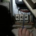 Συλλήψεις στον Τύρναβο για κλοπή ηλεκτρικού ρεύματος