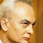 «Εφυγε» ο δημοσιογράφος Τριαντάφυλλος Δραβαλιάρης