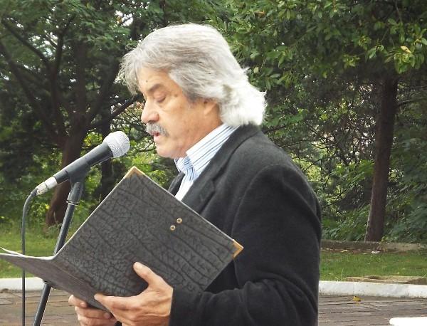 Η απελευθέρωση της Λάρισας. Του Απόστολου Σουρλαντζή