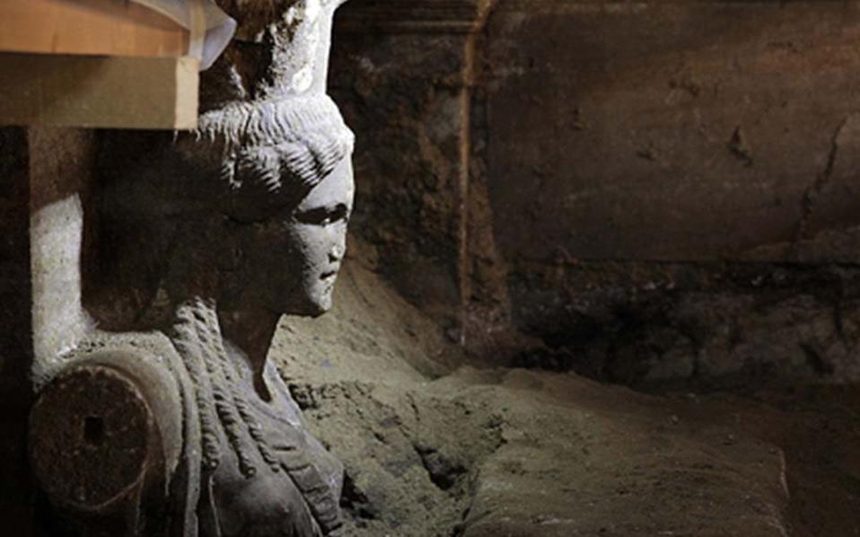 Περιστέρη: «Αν ο τάφος έχει συληθεί, τότε ανήκει σε μεγάλο»