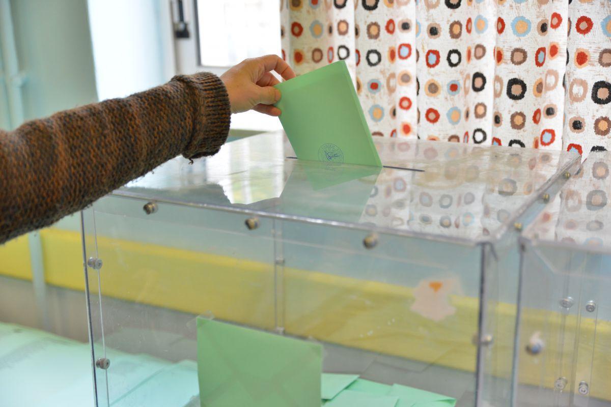 Eκλογές για το 17ο συνέδριο της ΟΛΜΕ