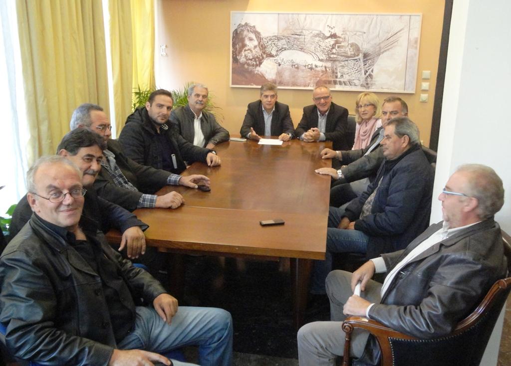 «Επί τάπητος» τα προβήματα αμπελοκαλλιεργητών του Τυρνάβου
