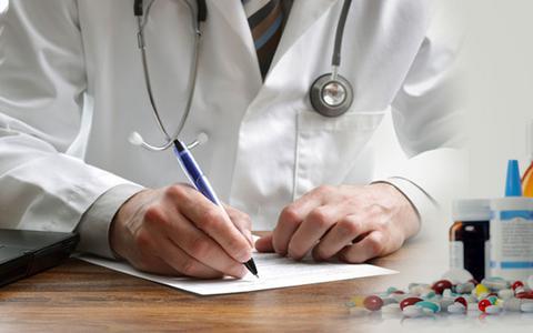Μηνιαία επιχορήγηση σε επικουρικούς γιατρούς