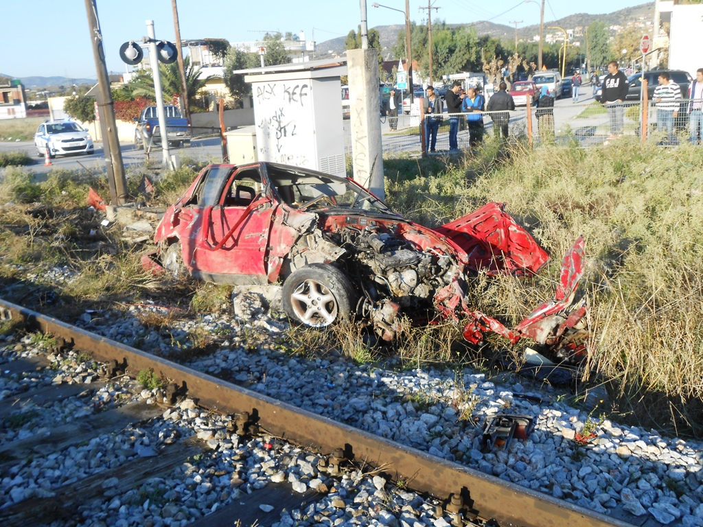 Νεκρός 70χρονος – Συγκρούστηκε το ΙΧ του με τραίνο