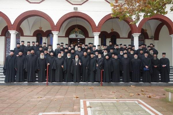 Ιερατική σύναξη στη Νίκαια