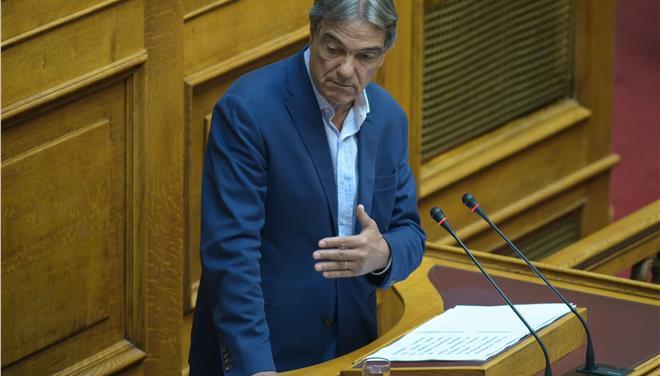 Ο Σηφουνάκης προτείνει Νίκο Κωνσταντόπουλο για Πρόεδρο