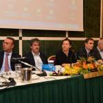 «Debate» για το δημόσιο χρέος στη Λάρισα